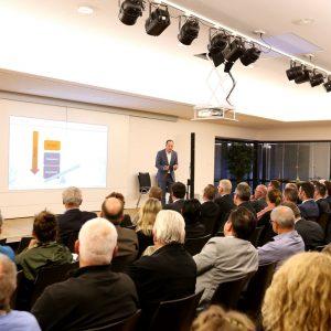 Vortrag & Buchvorstellung in Brühl: Wie Städte und Handel die digitale Transformation meistern
